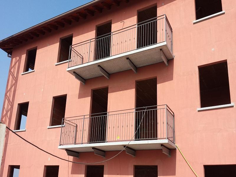 Mobili Per Balcone: Mobili e arredamento tettoie per balconi.